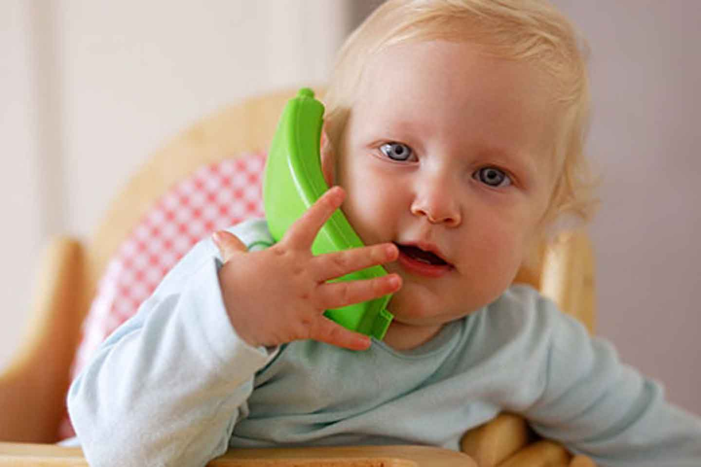 baby pretending to call for more information on the 1001 days programme